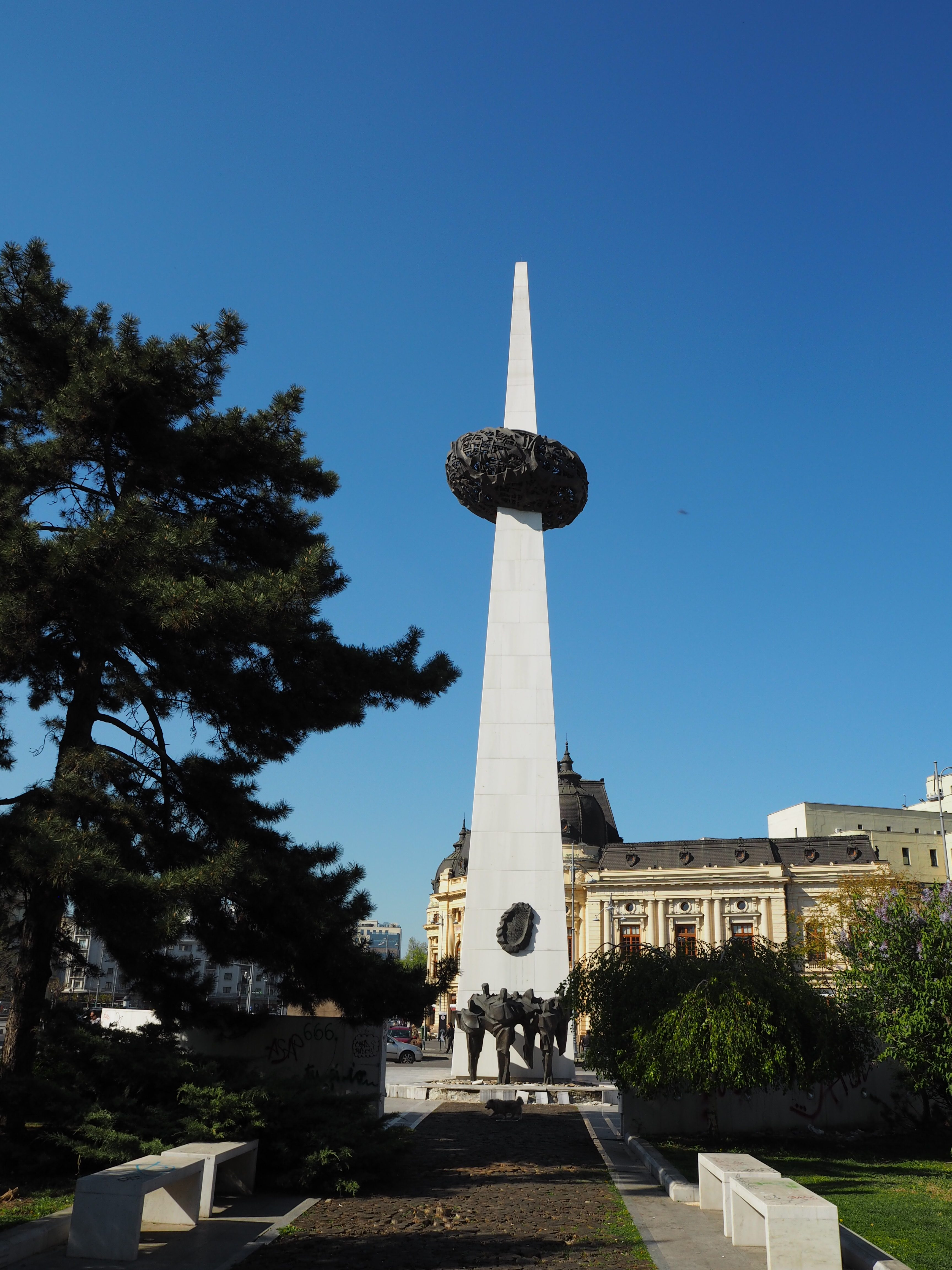 The rebirth Memorial in Revolution Square